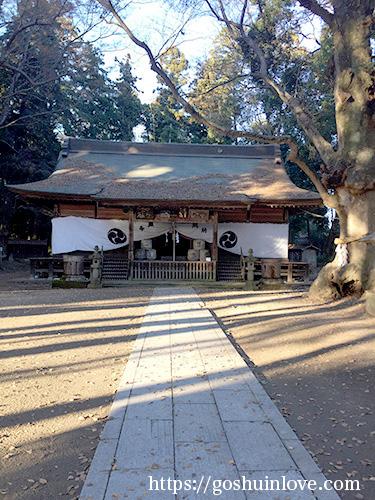 中村八幡宮拝殿